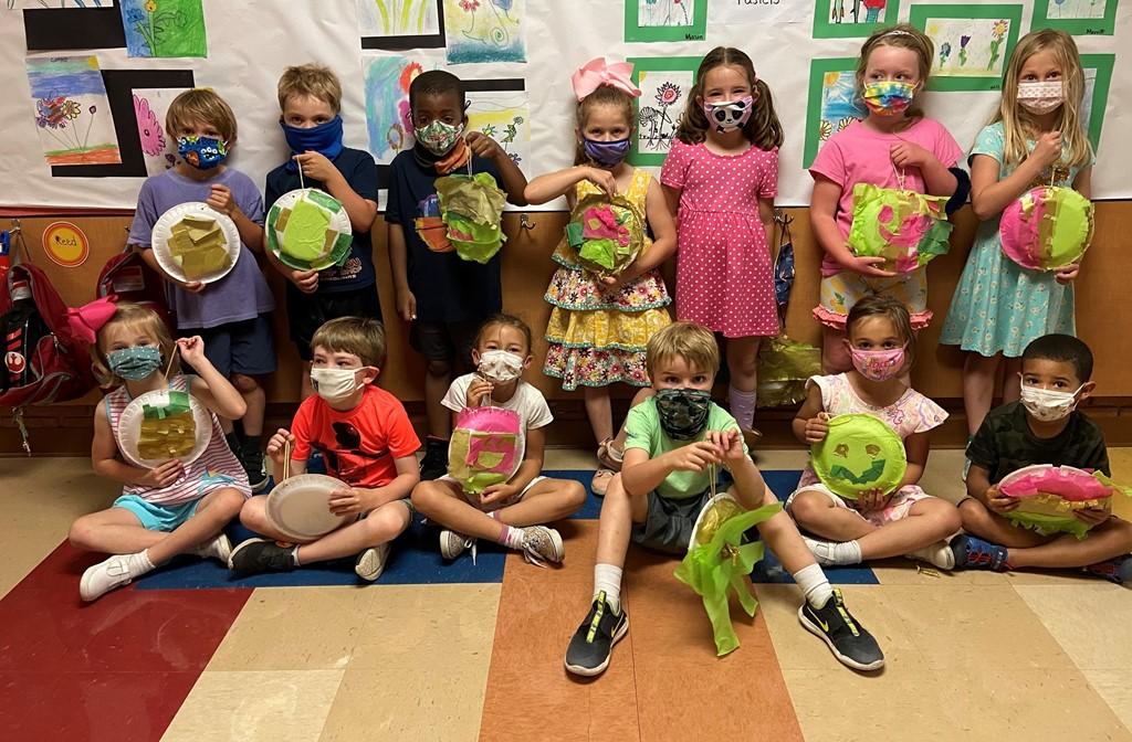Kindergarten Pinatas