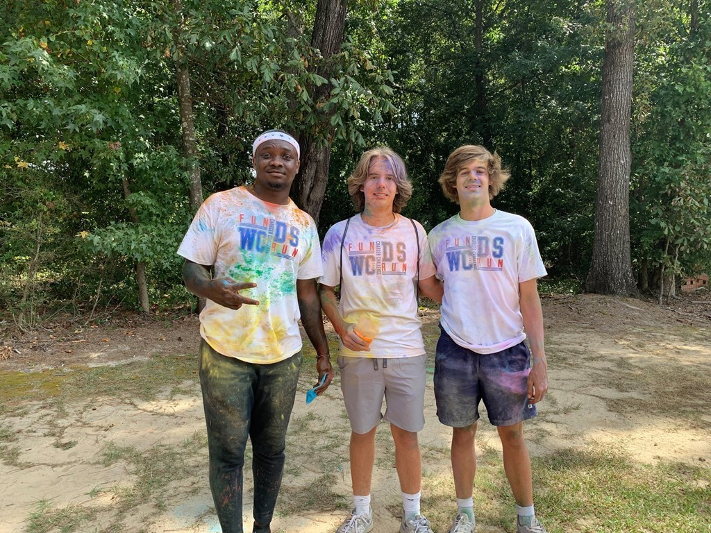 12th grade boys after color run